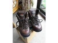 Zamberlan Leather Walking/Trekking/Hiking Unisex Boots Size Euro Size 40 UK 6.5