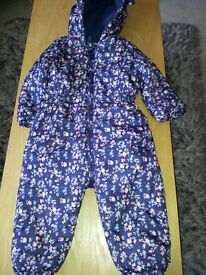 GIRLS SNOW SUIT AGE 2-3 YEARS