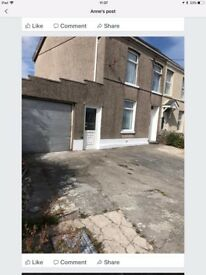 3 bedroom Semi detached Property, Bancffosfelen. Large Garden with Garage