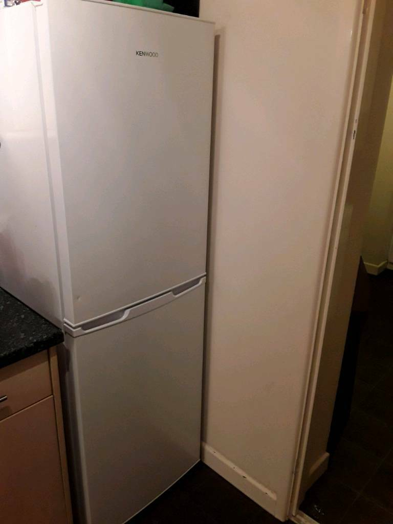 Kenwood Knf55w17 50 50 Fridge Freezer White In St