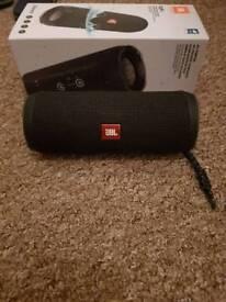 JBL Flip 4 Speaker