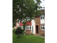 Stunning three bedroom part-furnished maisonette to rent only a short walk to Bromley South station