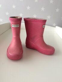 Toddler pink hunter wellies size 4