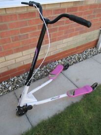 FLIKER 3 WHEEL SCOOTER , USED AND IN VERY GOOD CONDITION