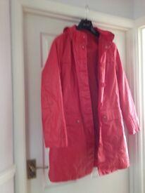 Per una ladies red - oil like coated - spring coat