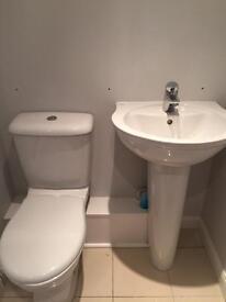 Armitage Shanks WC & Ideal Standard Wash hand basin