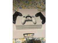 PS4 PRO 1 TB- GLACIER WHITE