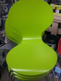 4 X LIME GREEN BISTRO STYLE CHAIRS NEW and Round glass Table