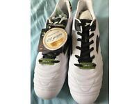 Joma men's football boots - size 10