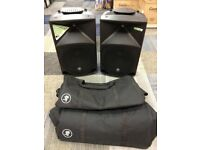 Mackie Thump 15 , 1000W Powered Active Dj PA Speakers Monitors + Stands + Cables + Bags.