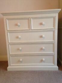 Aspace Chest of Drawers Antique White