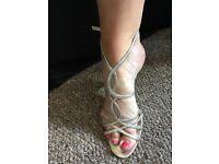 Gold scrappy sandal /heels
