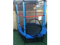 """Kids 4.5ft 55"""" Trampoline and Enclosure excellent condition!!"""