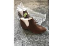 New Look Boots Size 8
