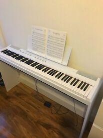 White digital Piano - excellent condition