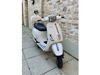 2011 Vespa S 125cc very very low miles only 5239km costs £3500 new