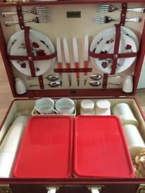 Vintage 1950/60s Brexton picnic set