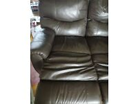 Great condition. 1x3 seater and 1x2 seater leather reclining sofas.