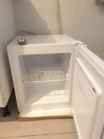 Simple Value Tabletop Freezer - White