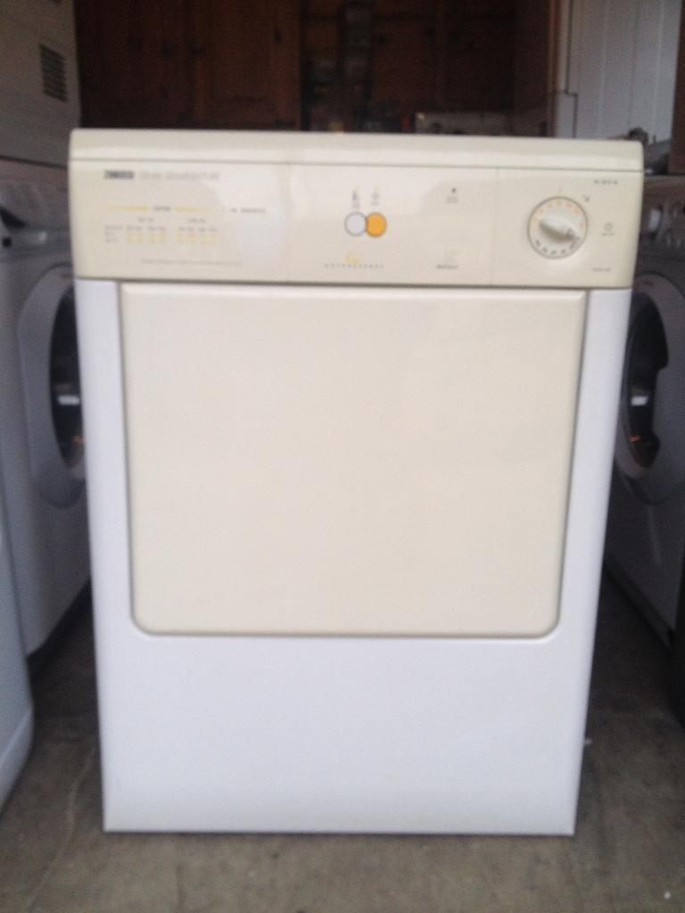 zanussi TD4212W Tumble Dryer Vented in Witham Essex  : 86 from www.gumtree.com size 768 x 1024 jpeg 44kB