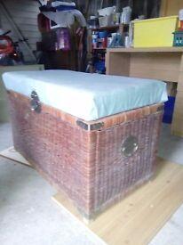 Blanket box/chest