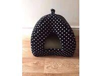 Igloo shaped cat house - brand new