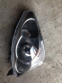 Honda Civic drivers side front headlight suitable for 2004-2005 reg