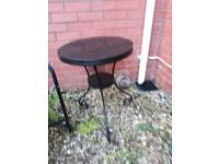 Garden tables/chairs