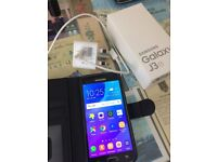 SAMSUNG J3 6 MOBILE PHONE, UNLOCKED OPEN TO ALL NETWORKS, AS NEW FULLY BOXED, IN MINT CONDITION