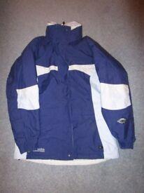 Columbia ladies ski jacket - Small size 8 - 10. Used