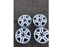 VW Alloy wheels