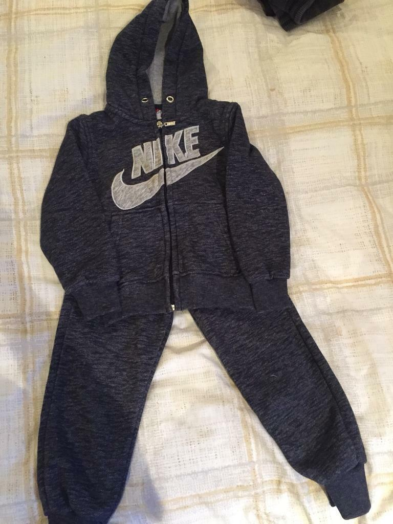 Boys aged 2/3/4 bundles and tracksuits