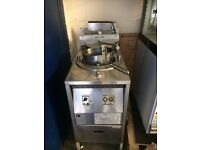 Pressure Fryer Floorstanding BROASTER 1800 Gas ,Good Clean Working Condition