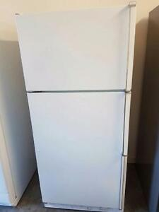 kenmore white fridge FREE DELIVERY