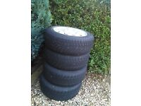 Buy a set of winter tires on a Peugeot 206 (195 / 55.1 15) for £ 80