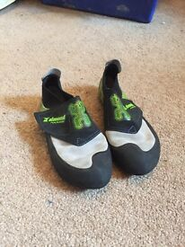 Children's Climbing shoes size 2.5