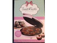 Sweet treats brownie maker RRP £20