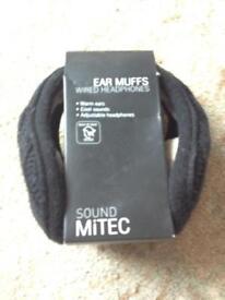 Ear muff headphones