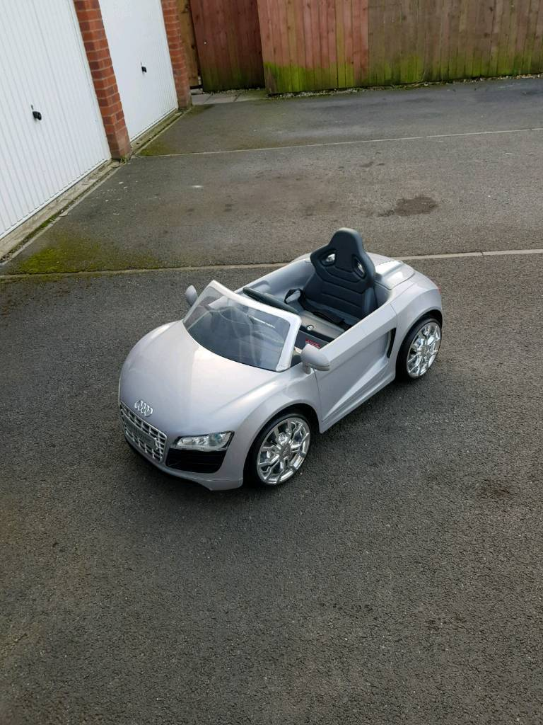 Battery Powered Audi R8 Spyder In Blackhall Colliery County