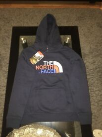 Brand new North Face hoodie never worn size large youth/junior