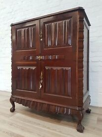 Chippendale Style Walnut Drinks Cabinet (DELIVERY AVAILABLE FOR THIS ITEM OF FURNITURE)