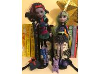 2 set Monster High Dolls