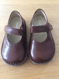 Startrite shoes size 5