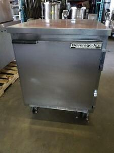 Refrigerateur Commercial Top de Travail , Worktable Fridge BEVERAGE AIR