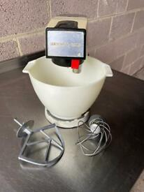 Vintage Kenwood Chef A901E model - perfect for baking