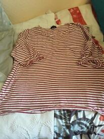 Newlook t-shirt Top Size 26 With wear