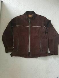 Genuine leather men's jacket.size M
