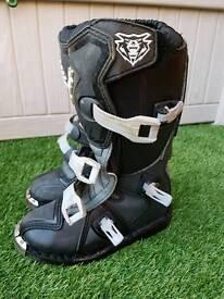 Wulf kids motocross mx boots size 1