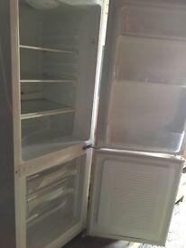 CoolZone Fridge Freezer White
