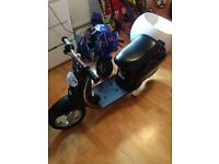 Kids razor moped